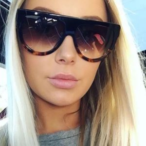 Accessories - Ombre Oversized flat top sunglasses